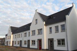 Eerste opleveringen in Lindenlaan Ooltgensplaat